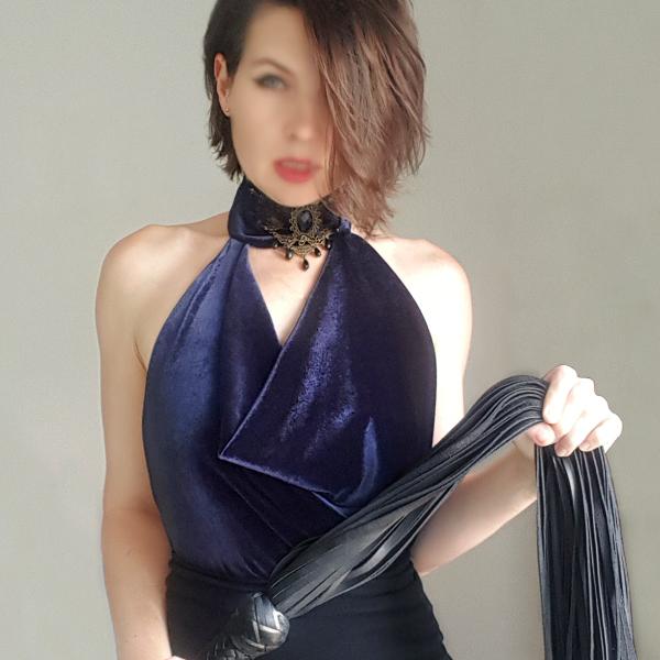 Mistress Elena Lisbon Dominatrix